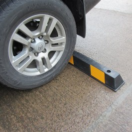 High Visibility Kerb Example 1