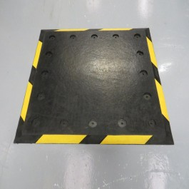 Trailer Plates at Polymax