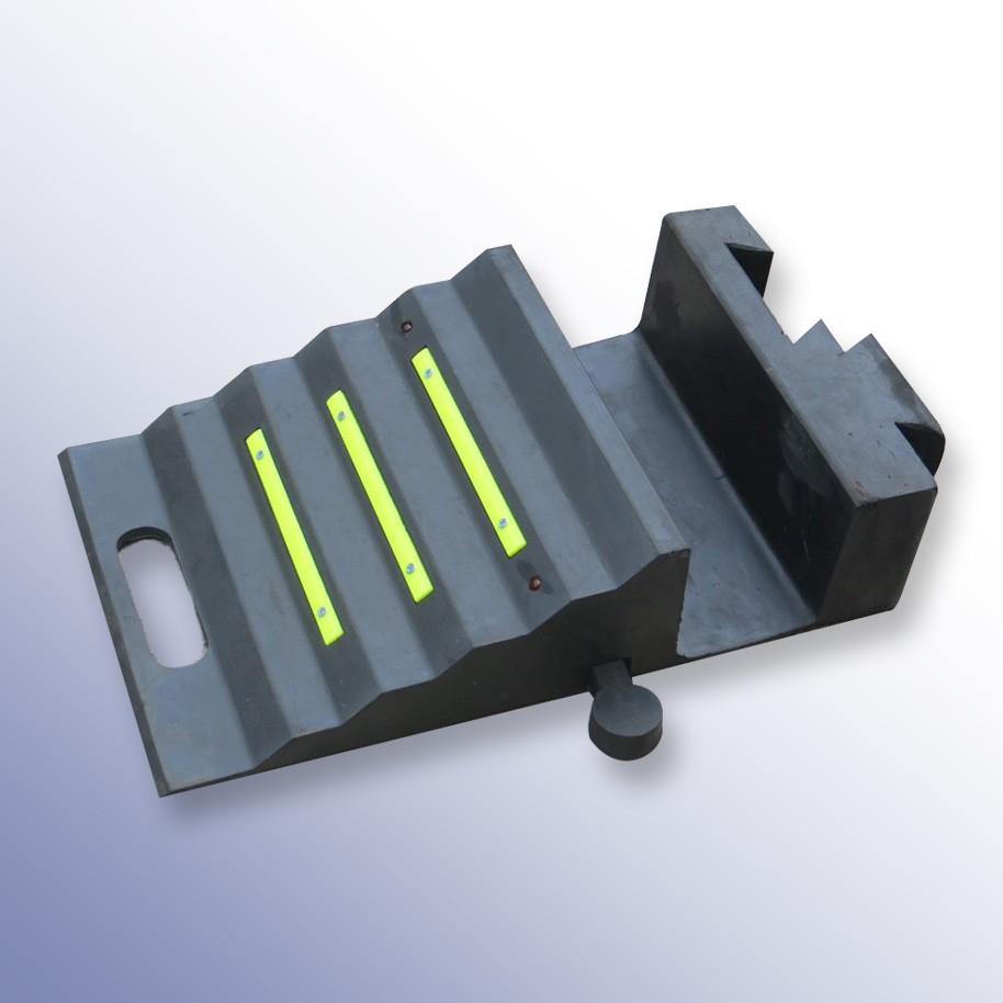 Custom Hose Ramp End Wedge 535L x 295W x 118H Wedge