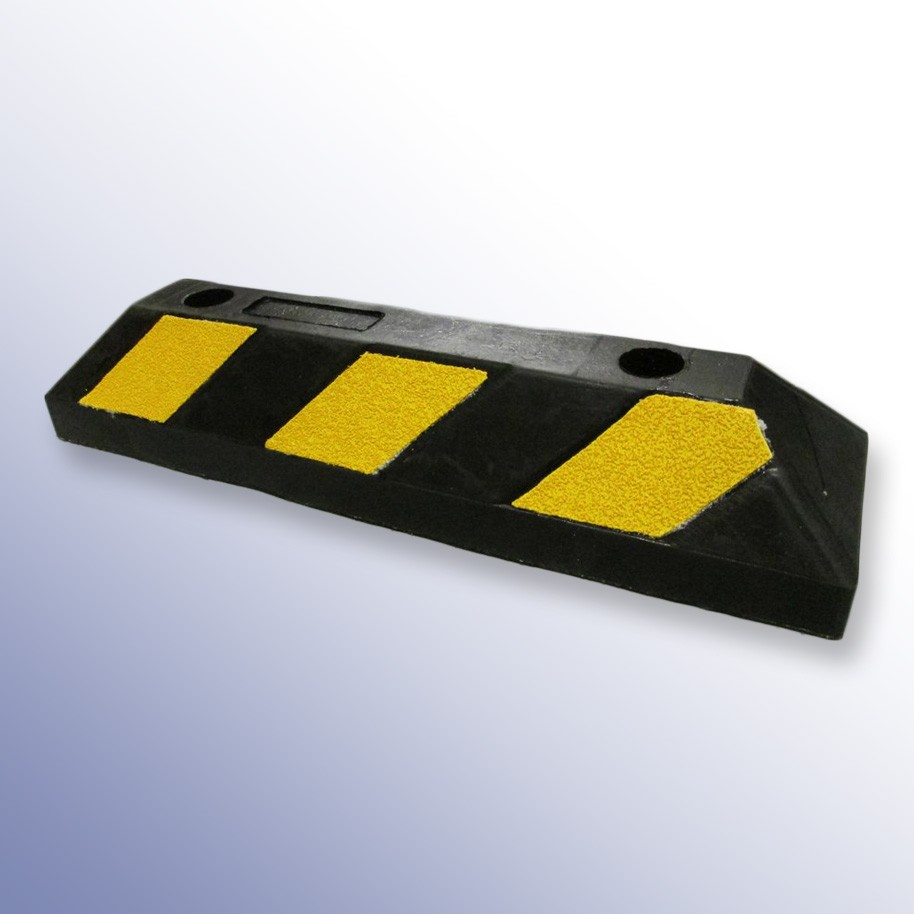 Buy Rubber Kerb 550mm starting at £16.00 | Polymax UK