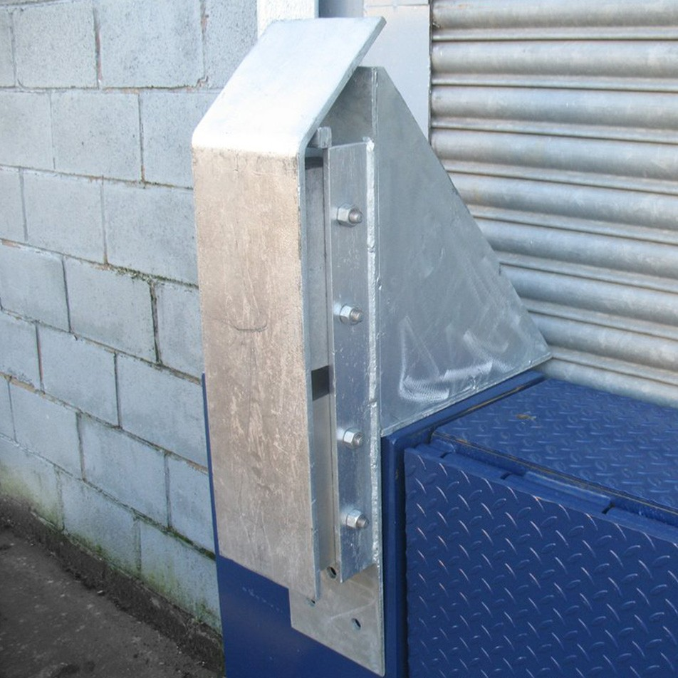 Steel Heavy Duty Dock Bumper With Front Plate 960L x 200W x 600H