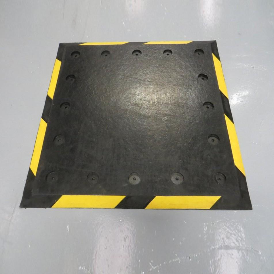 TPX Trailer Plate 1000L x 1000W x 25H